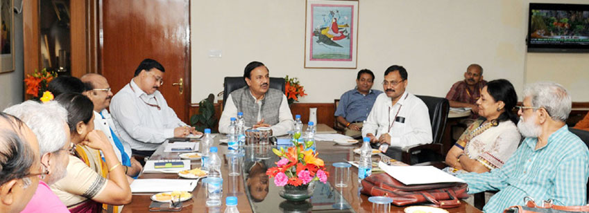 The Minister of State for Culture and Tourism (I/C), Dr. Mahesh Sharma chairing the meeting of the expert's committee on salary grant of the Ministry of culture, in New Delhi on July 22, 2016. The Secretary, MoC, Shri N.K. Sinha is also seen.