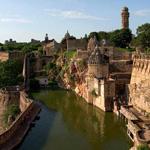 राजस्थान के पहाड़ी किलों (2013)